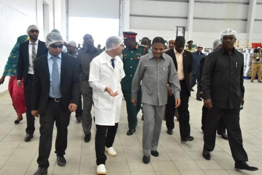 Dk.Shein amezindua rasmi kiwanda cha Azam Dairy P.Ltd katika kuadhimisha miaka 53 ya Mapinduzi
