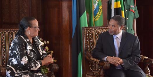 Balozi wa Namibia katika Jamhuri ya Muungano wa Tanzania amekutana na Dk.Shein Ikulu Zanzibar