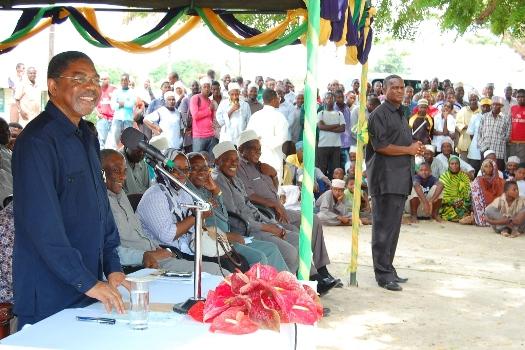 SERIKALI ya Mapinduzi Zanzibar imejenga Tuta la kuzuiya Maji ya Chumvi yasiingie mashambani