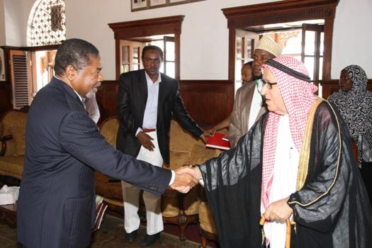 Dk. Ali Mohamed Shein amesifu azma ya Jumuiya ya Al-Youseif ya kuja kuekeza  hapa Zanzibar.