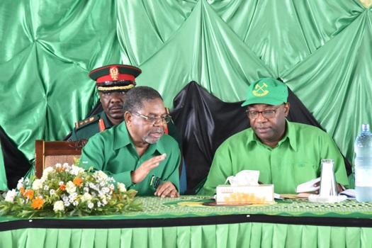Rais wa Zanzibar na Mwenyekiti wa Baraza la Mapinduzi pia Makamo Mwenyekiti wa